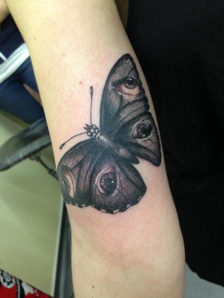 Tatuaggio Falena di Mao and Cathy