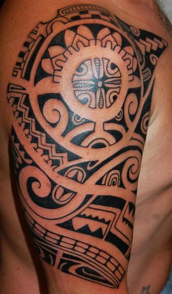 Shoulder Tribal Tattoo by Stademonia Tattoo