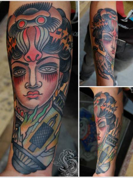 Old School Women Tattoo by Tattoo Blue Cat