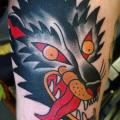 tatuaje Brazo Old School Lobo por North Side Tattooz