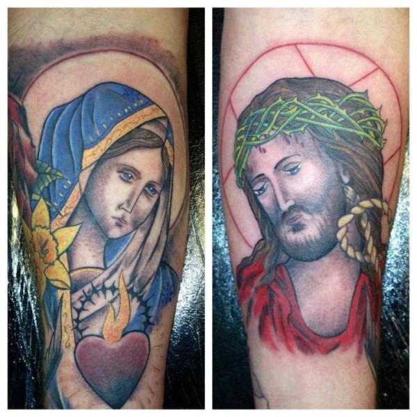 Tatuaggio Braccio Religiosi di North Side Tattooz