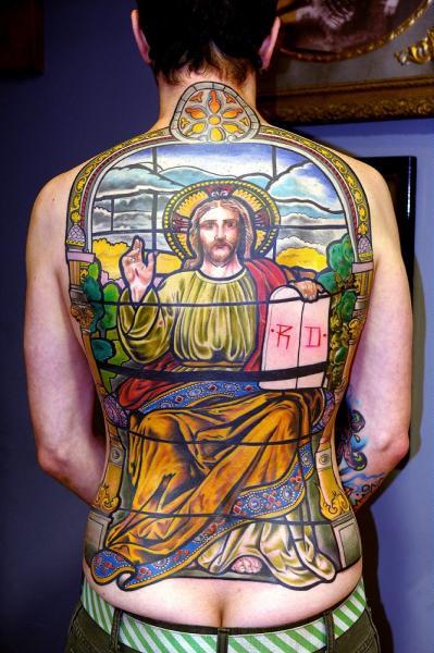 Tatuaje Espalda Religioso por Mikael de Poissy