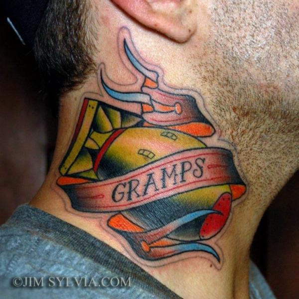 Tatuaggio New School Collo Bomba di Jim Sylvia