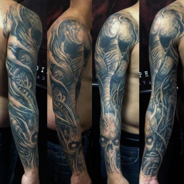 Biomechanical Sleeve Tattoo by Nephtys de l'Etoile