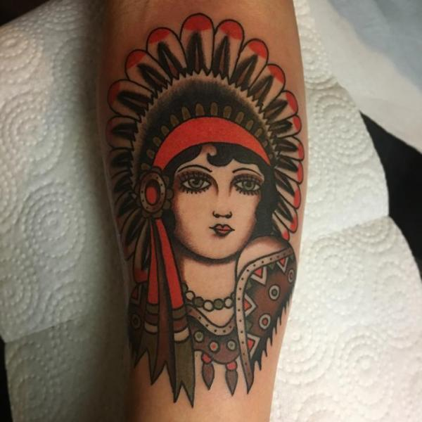 Arm Old School Indian Tattoo by Tatouage Chatte Noire