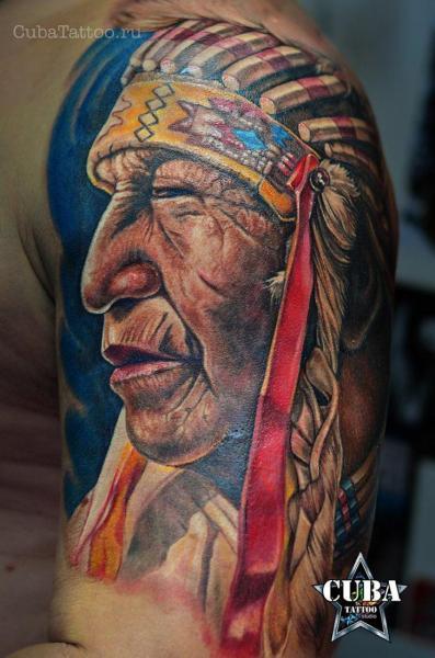tatouage Épaule indien par cuba tattoo