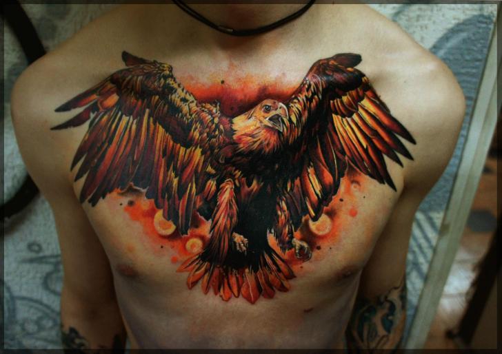 Tatuaggio Realistici Petto Aquila di Pavel Roch