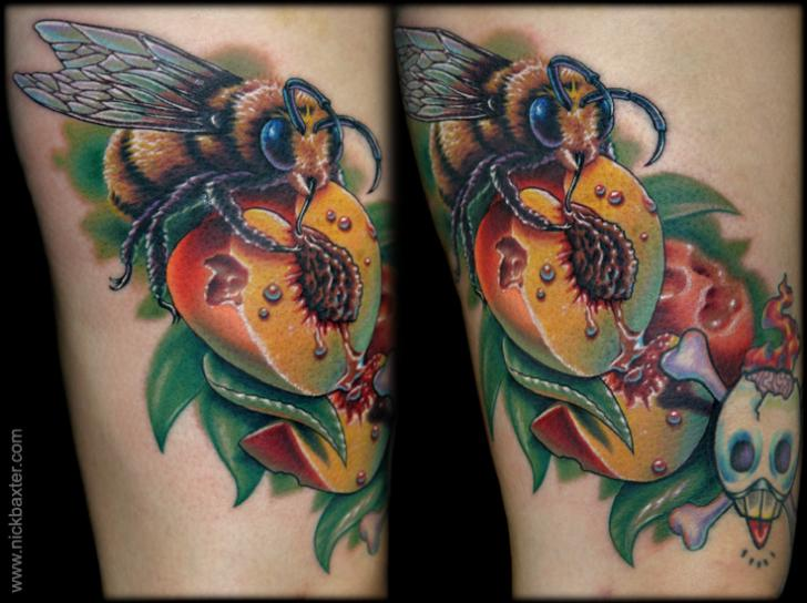 Arm Realistic Bee Tattoo by Nick Baxter