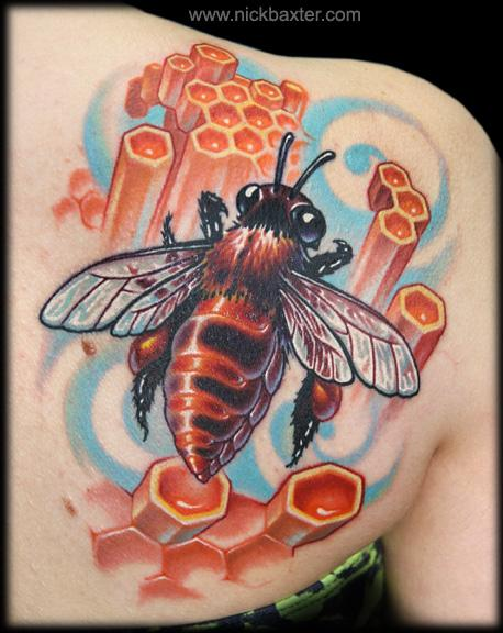 Shoulder Realistic Bee Tattoo by Nick Baxter