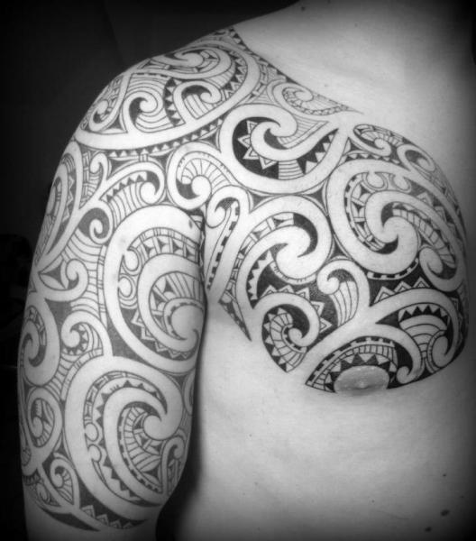 Arm Chest Tribal Tattoo by Tattoo Hautnah