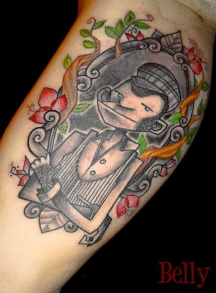 Tatuaggio Braccio Fantasy Scimmia di Belly Button Tattoo