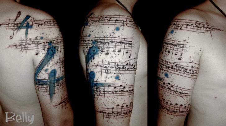 Tatuaggio Spalla Braccio Musica di Belly Button Tattoo