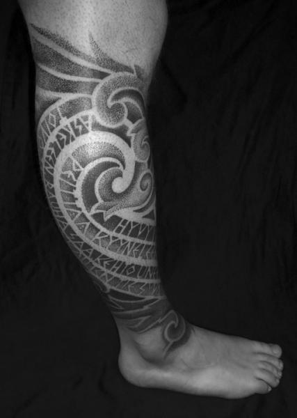 Calf Dotwork Tattoo by Sakrosankt