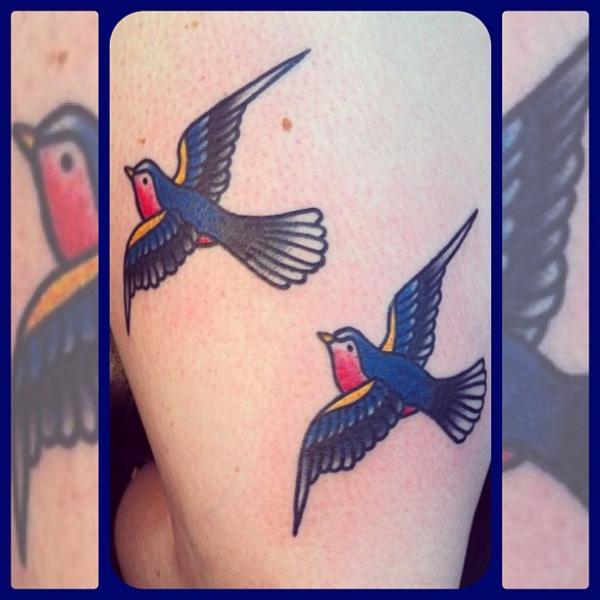 Old School Spatz Tattoo von Forever True Tattoo