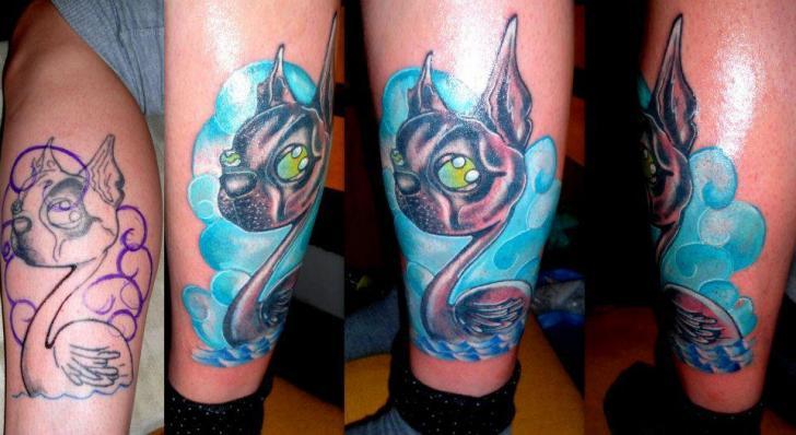 Fantasy Leg Character Tattoo by Tattoo Helbeck