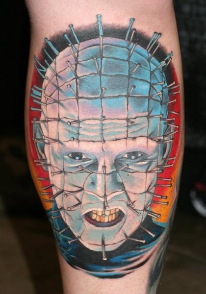 Arm Fantasie Porträt Tattoo von Chalice Tattoo