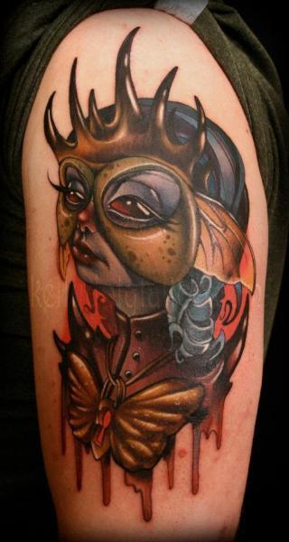 Tatuaje Hombro Fantasy por Kelly Doty Tattoo