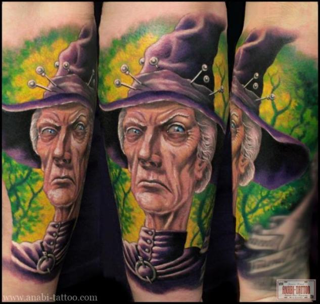 Arm Fantasie Hexen Tattoo von Anabi Tattoo