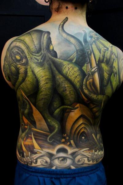 Tatuaje Fantasy Espalda Pulpo por Javier Tattoo