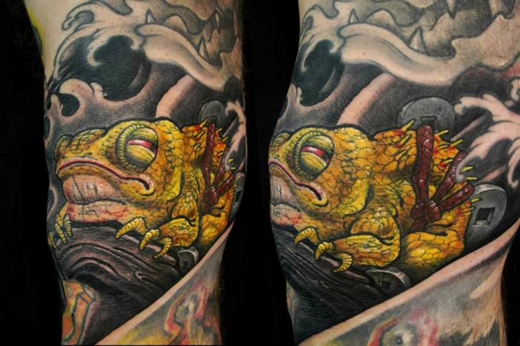Arm Fantasy Frog Tattoo by Javier Tattoo