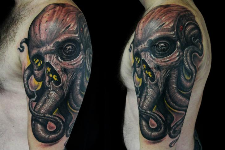 Shoulder Fantasy Skull Octopus Tattoo by Javier Tattoo