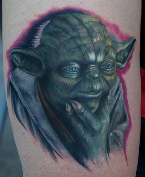 Arm Fantasie Yoda Tattoo von Mick Squires
