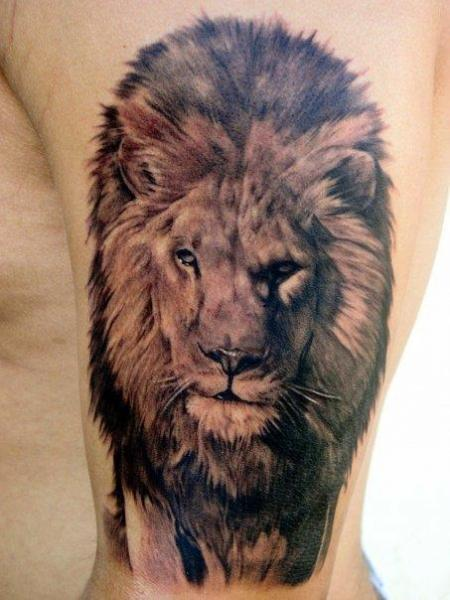 Arm Realistic Lion Tattoo by Carlos Torres