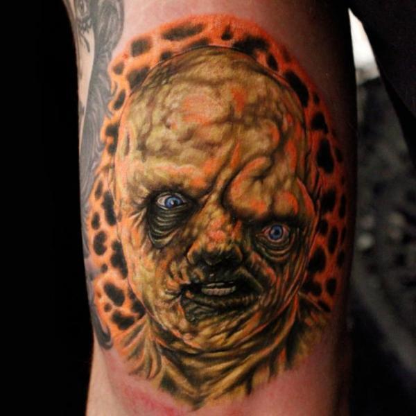 Arm Fantasie Monster Tattoo von Logan Aguilar