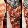tatuaje Hombro Usa Bandera por Logan Aguilar