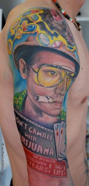Tatuaggio Spalla Ritratti di Evil Twins Tattoo