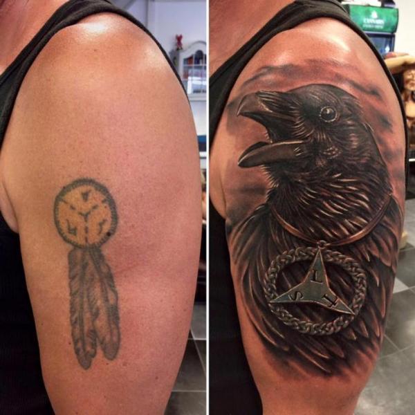 Shoulder Crow Tattoo by Art 4 Life Tattoo