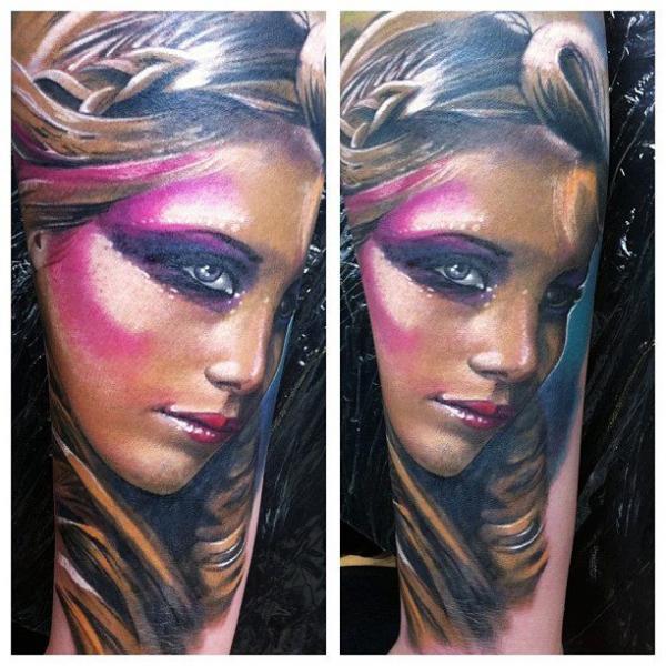 Tatuaje Retrato Mujer por Reinkarnation Tattoos