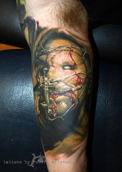 Tatuaggio Braccio Fantasy Mostri Sangue di Robert Witczuk