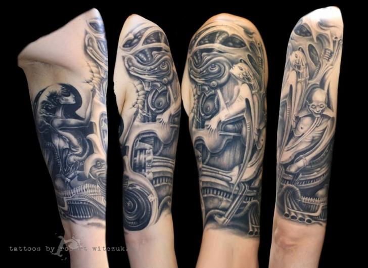 Shoulder Fantasy Giger Tattoo by Robert Witczuk