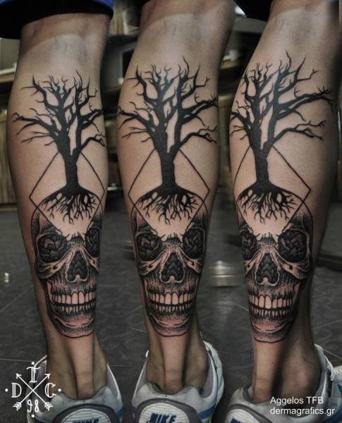Waden Totenkopf Dotwork Baum Tattoo von Dermagrafics