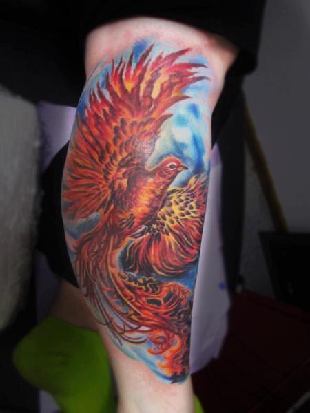 Tatuaggio Fantasy Polpaccio Fenice di Serenity Ink 414
