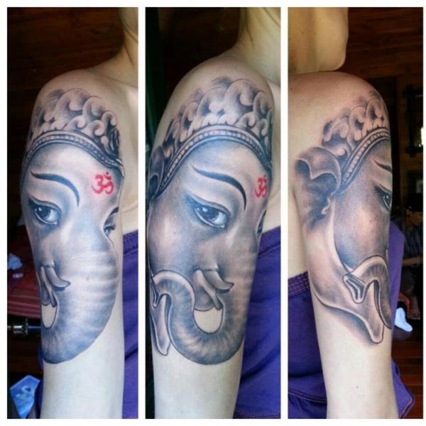 Schulter Religiös Ganesh Tattoo von Bird Tattoo