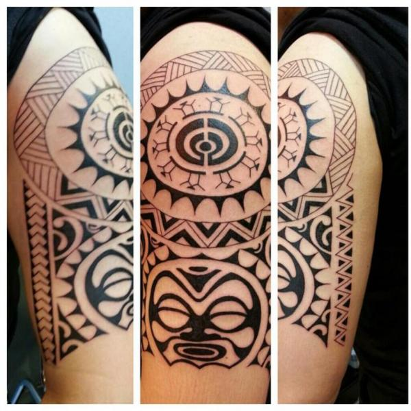 Shoulder Tribal Tattoo by Bird Tattoo