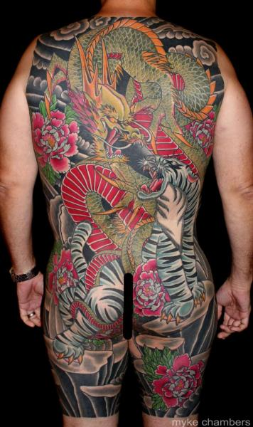 Tatuaje Japoneses Tigre Dragón Cuerpo por Mike Chambers