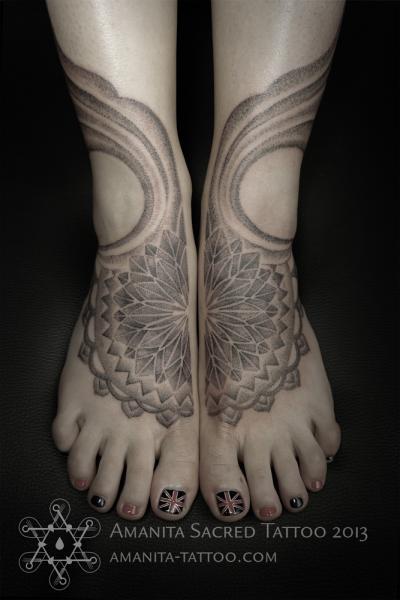 Foot Dotwork Geometric Tattoo by Amanita Tattoo