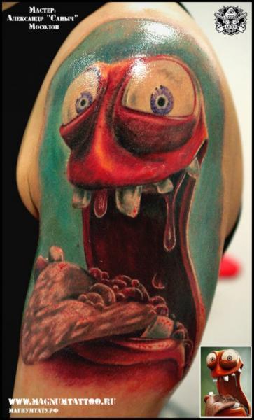 Schulter Fantasie Charakter Tattoo von Magnum Tattoo
