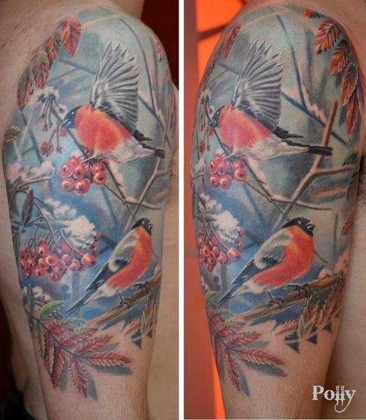 Schulter Realistische Vogel Tattoo von Lacute Tattoo