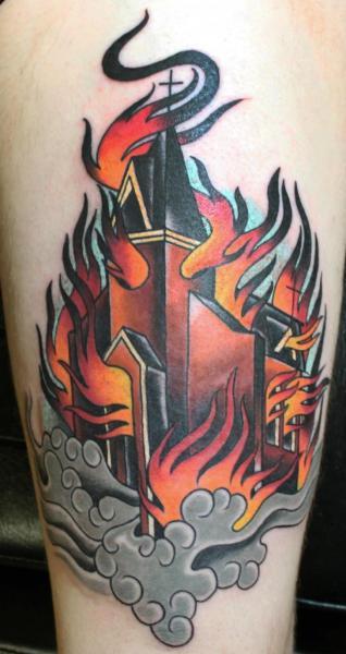 Arm Flammen Haus Tattoo von S13 Tattoo