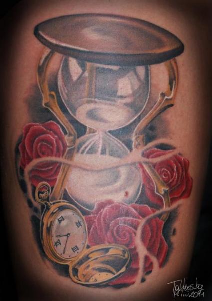 Tatuaggio Realistici Orologio Clessidra di Tattoos by Mini