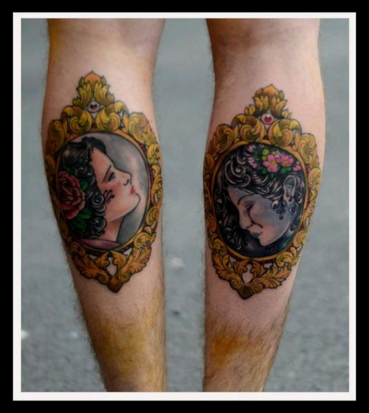 Waden Frauen Medallion Tattoo von Colin Jones
