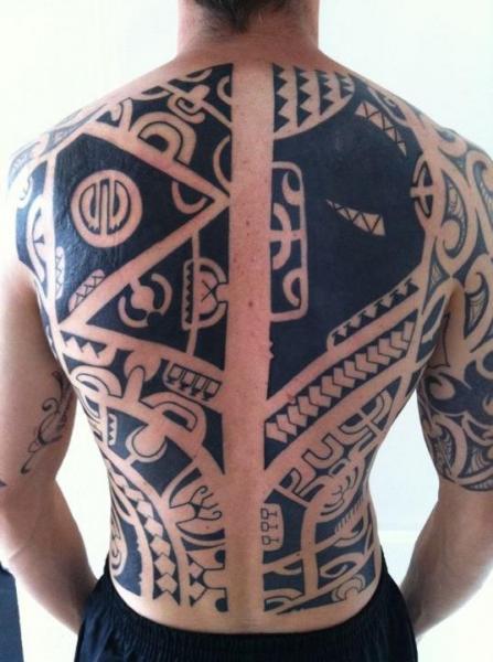 Back Tribal Tattoo by C-Jay Tattoo