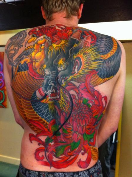 Japanische Rücken Drachen Tattoo von Henrik Tattoo