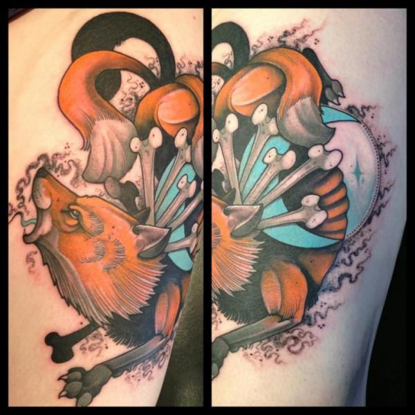Tatuaggio New School Volpe Ossa di Mitch Allenden