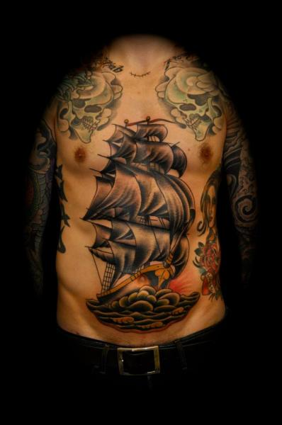 Old School Bauch Galeone Schiff Tattoo von The Sailors Grave