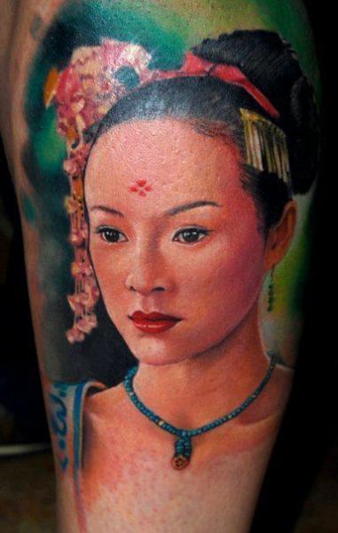 Arm Porträt Tattoo von Triple Six Studios